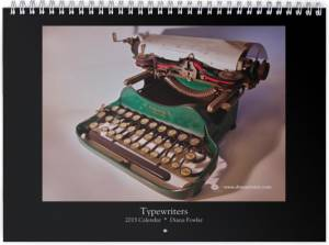 "<a href=""http://dianavision.com/?product=2015-calendar-typewriters""><b>Typewriters 2015</b></a>"